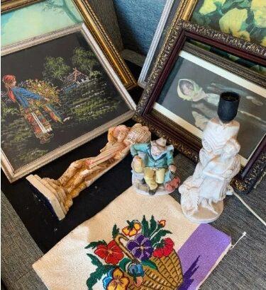 Lot antichitati tablouri sculptura rame goblen portelan tablou rama