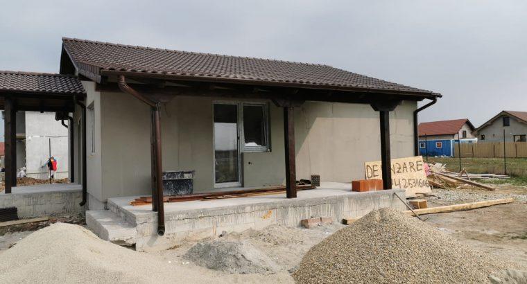 Vand casa la cheie in Santandrei – aproape de centura Oradea