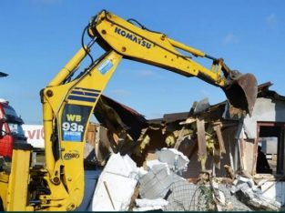 Demolari !Firma executa lucrări de demolare ,transport ,curatenie!!