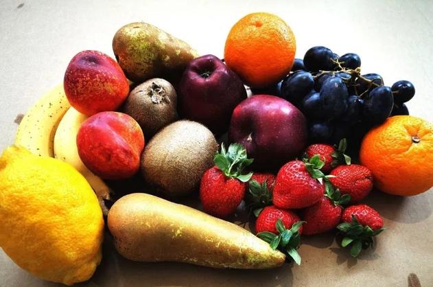 fructe cos