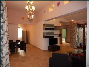 Inchiriez apartament 3 camere, tip penthause, zona Torontal