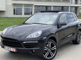 Porsche Cayenne / 2013 / Euro5 / Panoramic / LED/Shadow Line