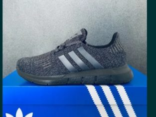 Adidasi Dama Adidas Swift Run – 2 Modele