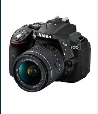 Nikon D5300 cu obiectiv 18-55 mm, negru + geanta!