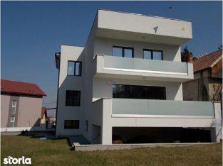 Parte duplex de inchiriat, zona A.Muresanu, Cluj-Napoca