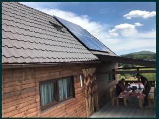 Sistem solar fotovoltaic la cheie cabana curent electric 2500W