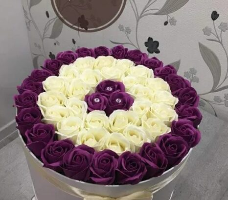Aranjament florii din sapun 127 trandafirii