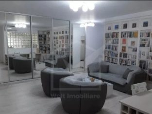 Vanzare apartament 3 camere, 78 mp, garaj, situat in Floresti, zona St