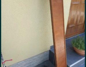 Garnisa lemn 130 cm cu suport pentru perdea si draperie,Stare f buna!