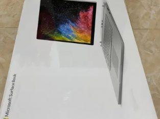 Vand leptop Microsoft Surface Book 2 15''