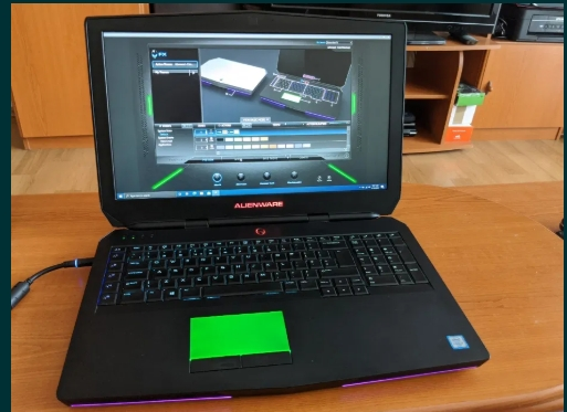 GAMING ! Laptop Alienware 17 R3 i7 6700HQ 2.6 GHZ