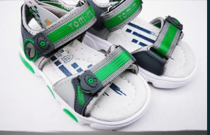 Sandale cu luminițe copii