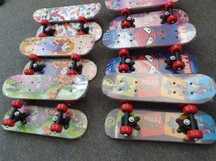 Skateboard/Pennyboard Copii – Culori inovative – Calitate superioara !