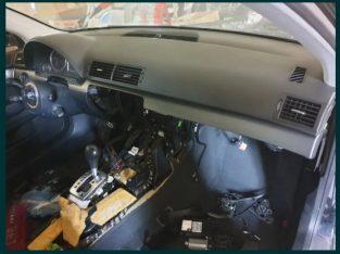 Plansa bord Audi A4 B7