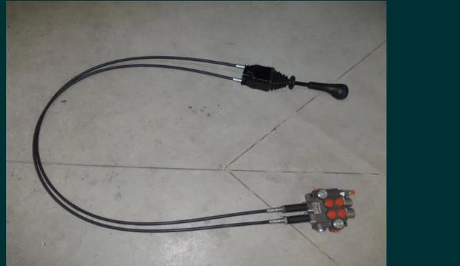 Distribuitor hidraulic incarcator frontal cu cabluri joystick