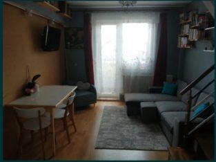 Apartament pe 2 nivele cu 3 camere