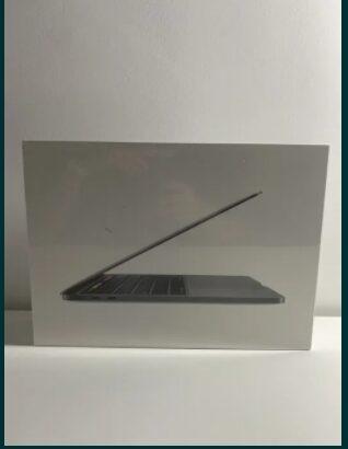 "Macbook PRO 13"" Space Gray Nou-SIGILAT i5/8gb/256gb Garantie apple"