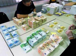 Împrumut de bani pentru persoanele care au nevoie urgentă