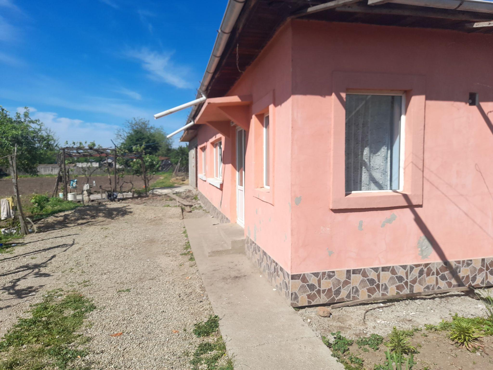Casa 3 camere