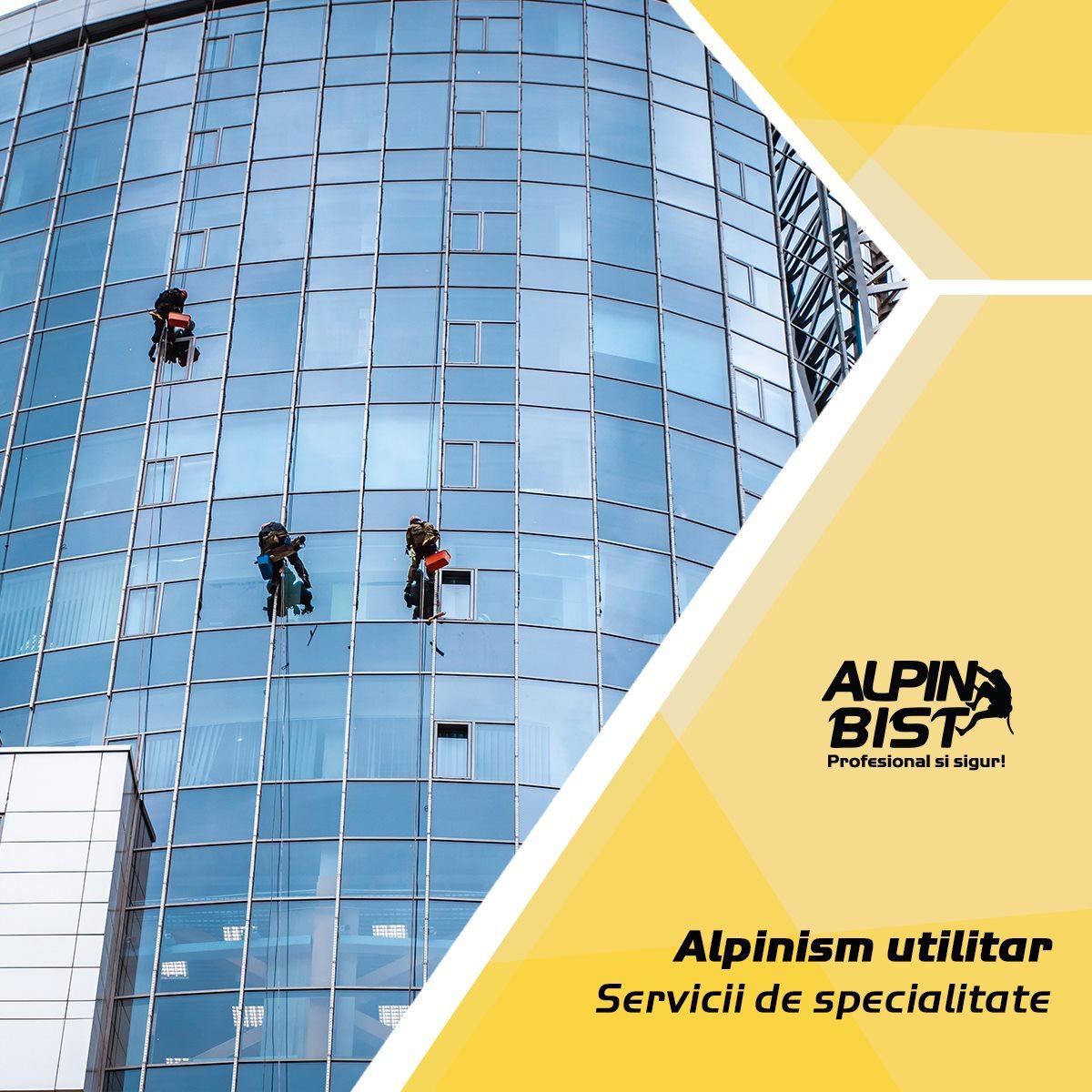 Curatare suprafete vitrate cu tehnica de alpinism utilitar
