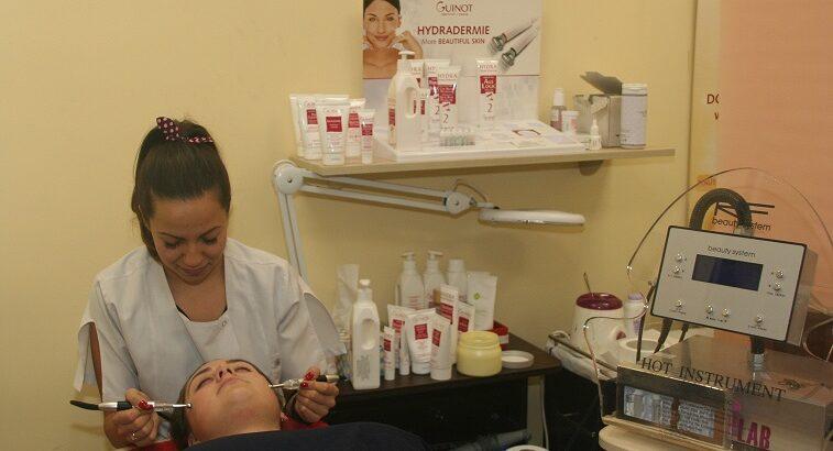 Mezoterapie fără ace cu fiolă la alegere plus masaj și mască hidratantă