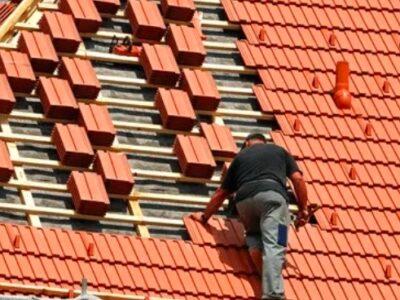 Reparații acoperișuri , jgheaburi , burlane în județul Arad