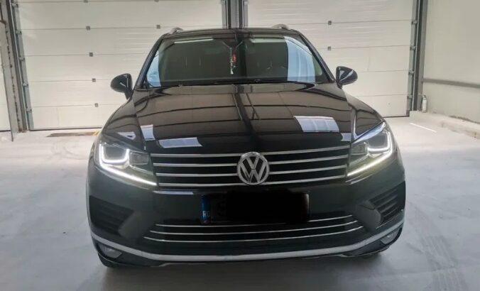VW Touareg 3.0 euro 6 putere 262 cp an fabricatie 2015