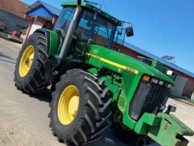 Tractor john deere 8400 an de fabricație 2000