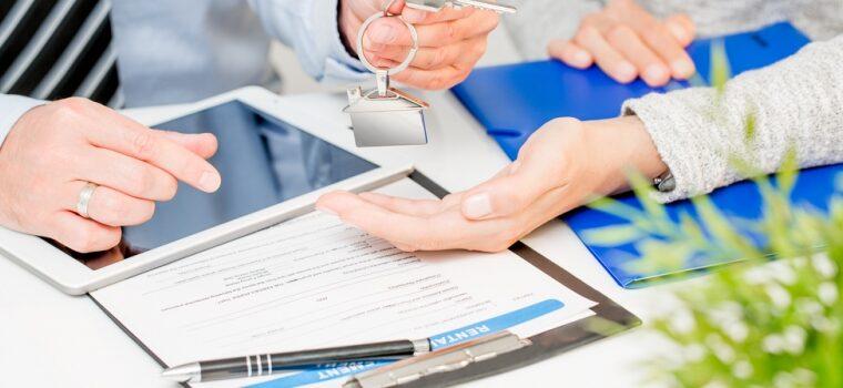 Servicii financiare și de investiții
